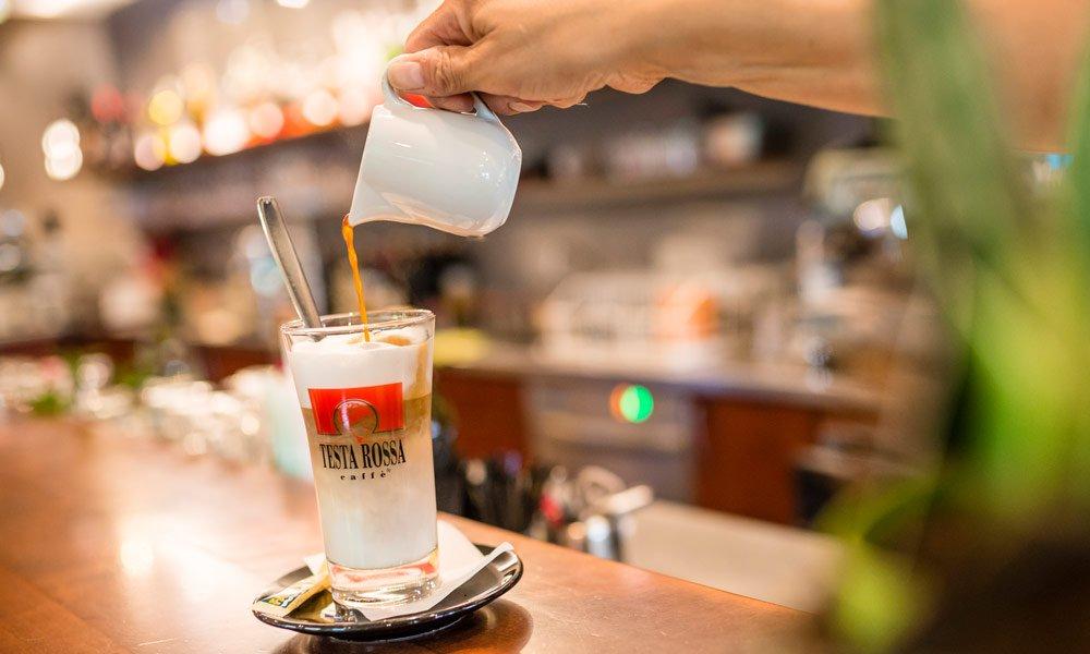 Das Caffè Testarossa - Ihre Bar in Brixen