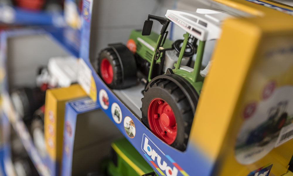 Das Sortiment bei Faro Toys - bekannte Marken