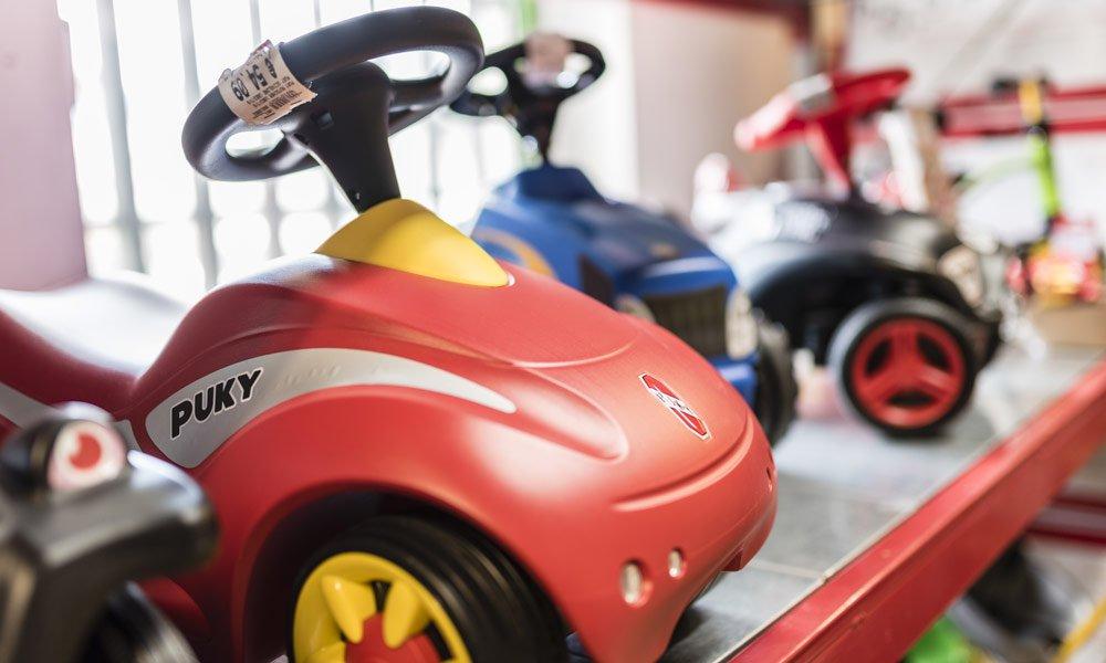 Faro Toys - Spielwaren und Bastelartikel